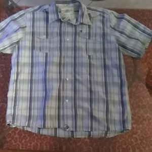 WORN ONCE! QUIKSILVER PLAID BUTTON UP SHIRT LARGE